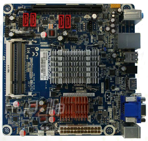 Media asset in full size related to 3dfxzone.it news item entitled as follows: Foto e info sulla motherboard POV/ION330 di Point of View   Image Name: news10330_1.jpg