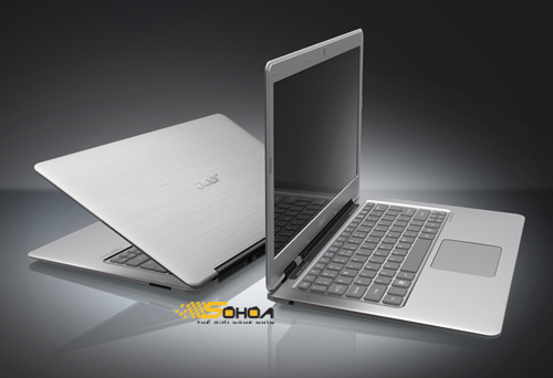 Media asset in full size related to 3dfxzone.it news item entitled as follows: Foto dell'Aspire 3951, il rivale dei MacBook Air in arrivo da Acer | Image Name: news15529_1.jpg