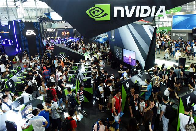 Media asset in full size related to 3dfxzone.it news item entitled as follows: Le GPU NVIDIA Ampere saranno prodotte da Samsung con il nodo a 7nm EUV | Image Name: news29661_NVIDIA-GPU-Ampere_1.jpg