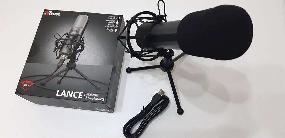 Media asset in full size related to 3dfxzone.it news item entitled as follows: Unboxing Trust Lance GXT 242   Streaming microphone for mainstream users   Image Name: news31485_Trust-Lance-GXT-242_1.png
