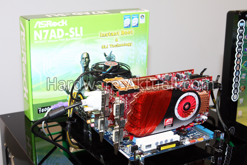 Media asset in full size related to 3dfxzone.it news item entitled as follows: ASRock mostra una mobo con nForce che supporta CrossFireX   Image Name: news9786_1.jpg